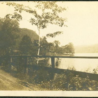 Lake Quonnipaug.jpg