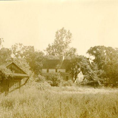 Acadian House on Broad Street 05.jpg
