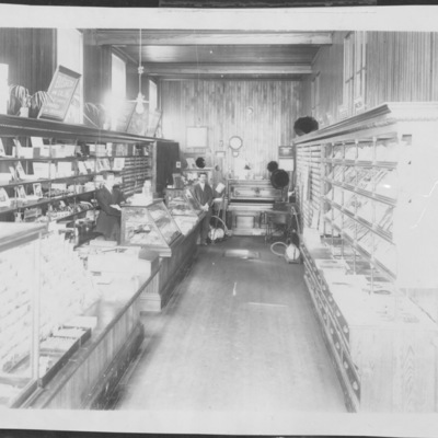 Dudley & Beckwith store c1930.jpg