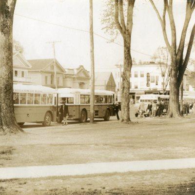 Boston Street, shoreline buses 01.jpg