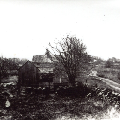 1929 1930 Looking south on the North Rd now Tanner Marsh Rd  Farm at 405.jpg