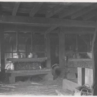 Leete's blacksmith shop.jpg