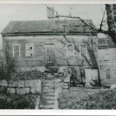 Norton house built 1810.jpg