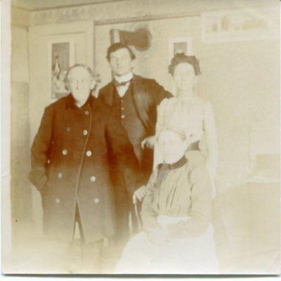 Hubbard and parents.jpg