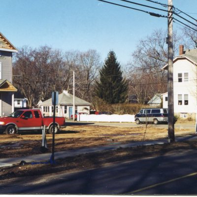 199 Whitfield Street at corner of High Street new house construction March 5, 1999.jpg