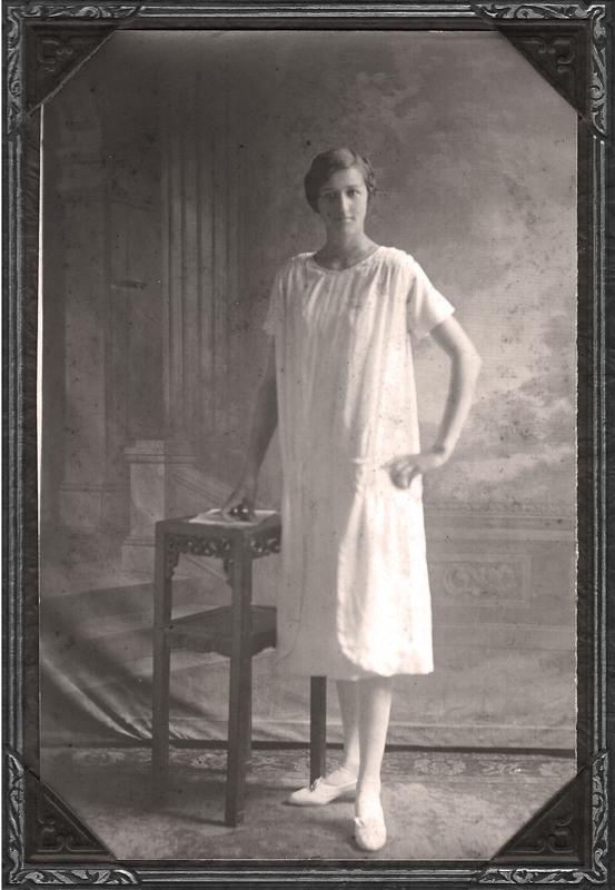Edith high school graduation 1926.jpg