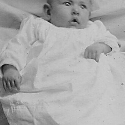 Edith-1908-copy.jpg