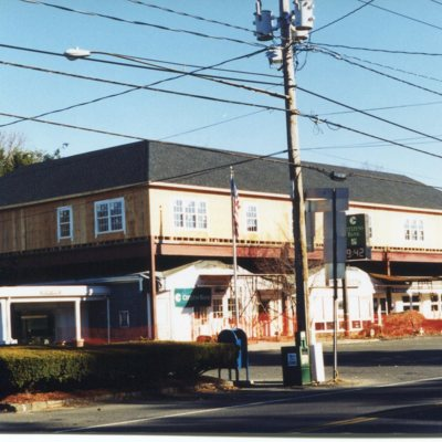 Boston Post Road and State Street, northwest corner, November 1998.jpg